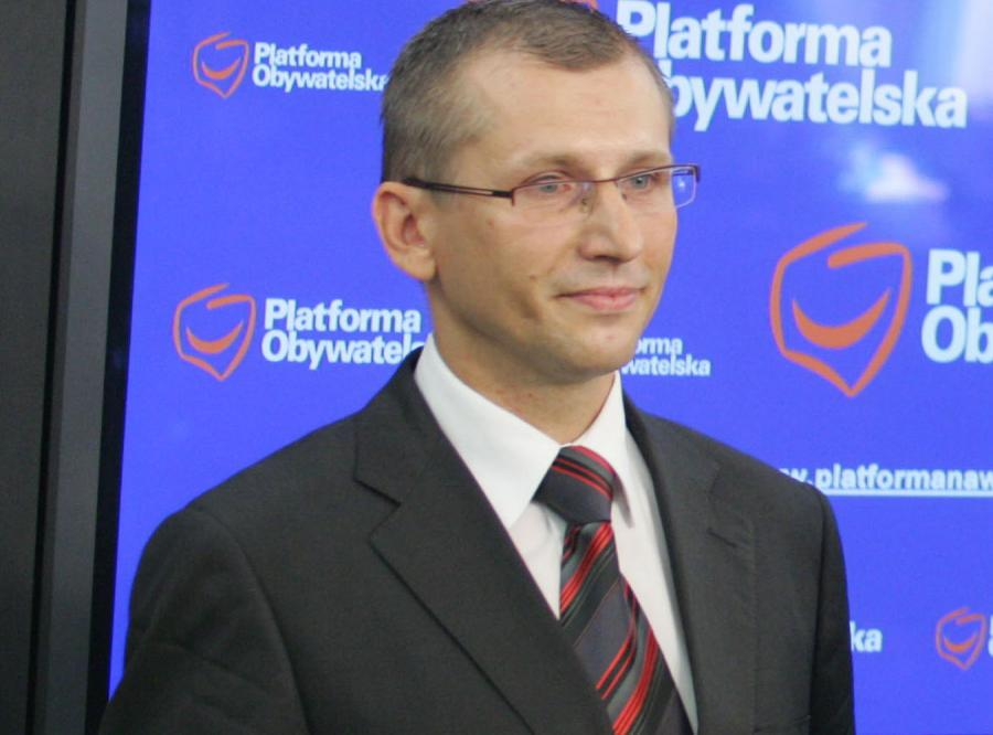 Rząd chce skończyć z internetową dyskryminacją Polaków